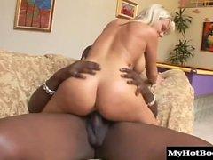 Бульон Olson масел в течение некоторого горячего секса и Lex дает его