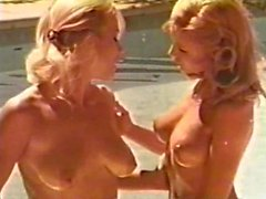 Lesbian Peepshow Loops 626 70s and 80s - Scene 1