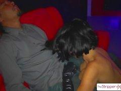 Сексуальная MILF Вероника Авлув сосала шесть больших кранов