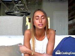 Casting couch X agente di casting scopa nuovo arrivato Raquel diamante con facciale