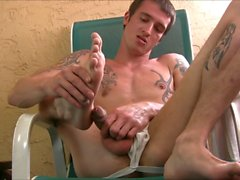 Jake Riley Desfrutando butt plug Slick