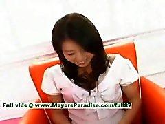 Aya Hirai onschuldige Chinees meisje heeft een schattig natte kut