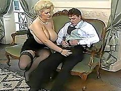 Красотка Гейнора Немецкий Titten