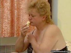 Pis şişko ev kadını part1 bir muz losyonları