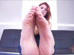 Goddess Zoe Feet & Soles Humiliation brattyfootgirls