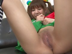 Japonês - Pigtail Teen Cutie Shaved