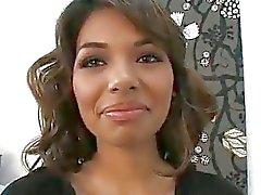 Estrella Flores primeira vez diante das câmeras