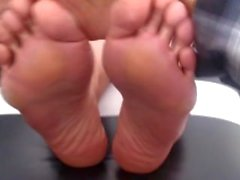 Mature Latina MILF Feet Foot Fetish Tickled