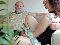 Илона и её сексуальный любовника прекрасно проводите время , а ему