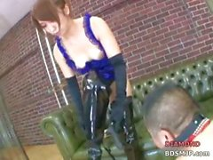 Japanese mistress gives her male slave some asstastic training