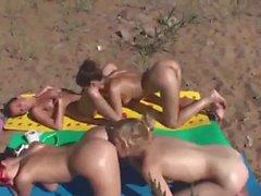 Four Girls at Sun in a Tongue Bath.mp4