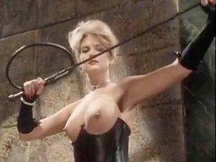 Kristara Barrington Susanna a Berlino coniglietto di Bleu nei video porno annata