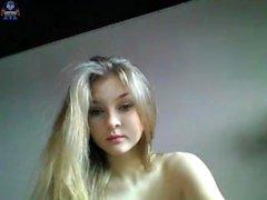 Блондинку подросток Solo Masturbating на вебе-камера