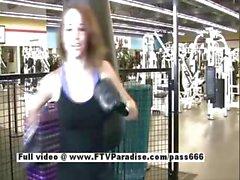 Дэнис конкурс сексуальная красотка мигающий в спортзале