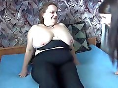 Fat madura com grandes mamas com resposta trio ao anúncio
