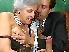 Oudere Duitse vrouwen geschroefd