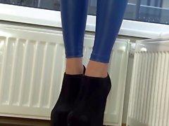 sexy brit in blue leggings