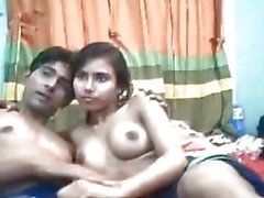 Desi Cute Teen Girl Playing With Her BoyFriend On Cam-Mms