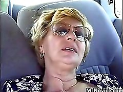 De la abuela digitación Fucked In The Car