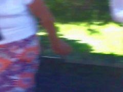 Que hermosas Tetas y piernas de esta milf (Transparencia)