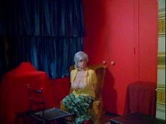 Double agentti 73 (1974) (Chesty Morgan, Doris Wishman)