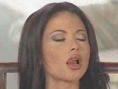 De veronica Zemanova atractiva de cigarros Striptease