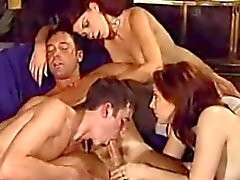 Wilde bisex party