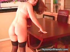 Nehmen Sie einen buchen Erica Campbell Stripping