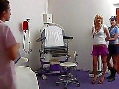 Iris ginecológicos examen