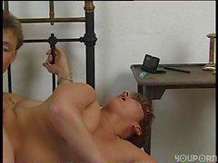 Alman ev kadını sex scene