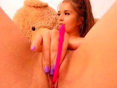 Teenie Hoochie In Amateurporno Vid