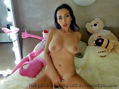 Alternate Teen Masturbating For Daddy....
