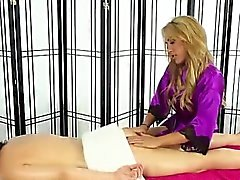 Lesbian masseuse oils up