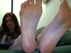 Sienna's Candid Stinky Soles