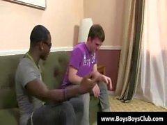 Bareback Homosexuell interracial sex 03