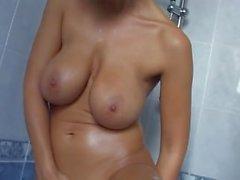 Carol Goldnerova kylpyhuone