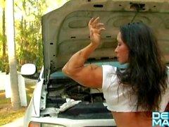 Denise Masino - Sous le capot - Femme carrossiers