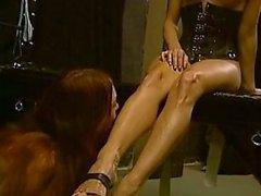 Stern emäntä näkymät 2 kuuma orjia BDSM toiminta