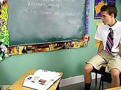 Scena gay caldi di Dustin Revees ed Leone pagina di 2 schoolboys st