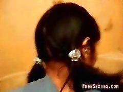 Gest garota mexicana na casa de banho muito difícil