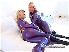 Lesbian latex fetish babes