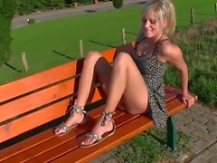 Girl rides quickly for creampie next to public footpath