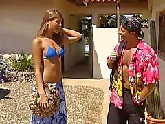 Jennifer Stone bikini che