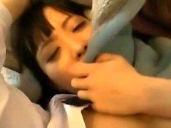 Hot adolescente japonês fodido duro em sua buceta peluda
