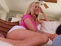 Rimmed ho gives footjob