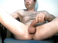 Pretty hunk se débrouillant pour la webcam