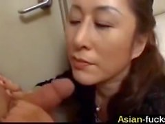 Asian mom gets her hands on boy Uncensored - asian-fucks