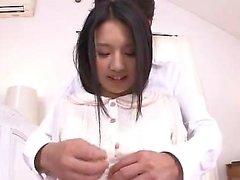 Asian Hairy Chick ama seu galo dentro de sua bichano