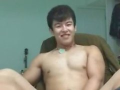 Kinesiska gulliga snygg man par att sig naken och webbkameran
