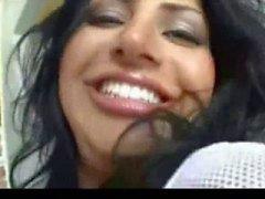 Menina adolescente da arabian lindo merda